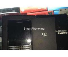 BlackBerry PASSPORT NEUF
